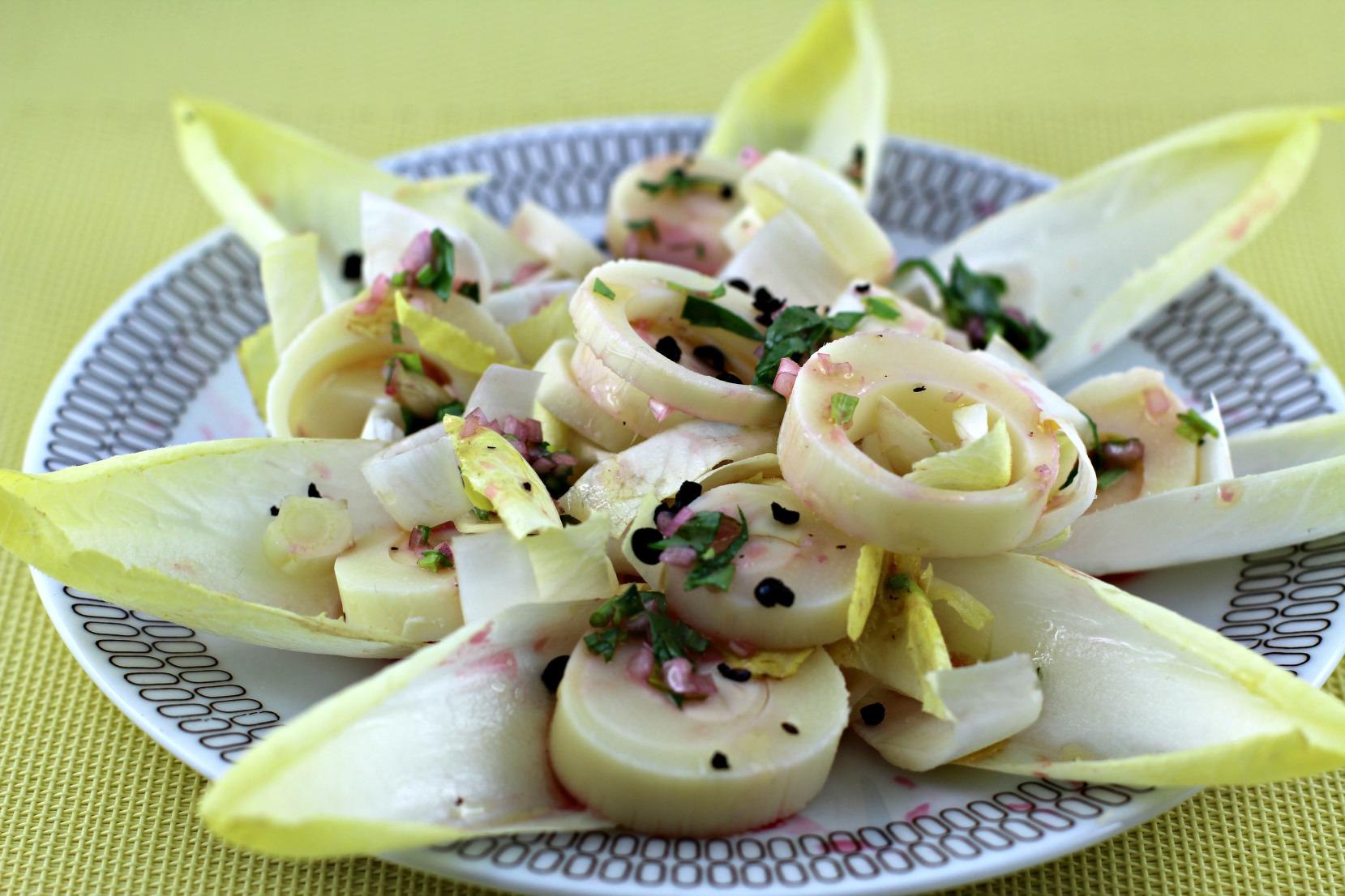 Palmenherzensalat mit Estragon-Blutorangen-Vinaigrette