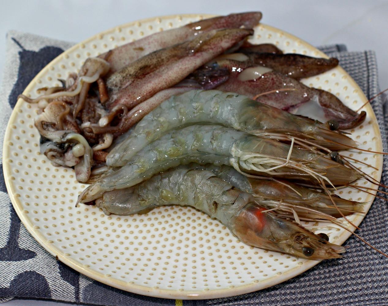 geschälte Garnelen & gesäuberte Tintenfische